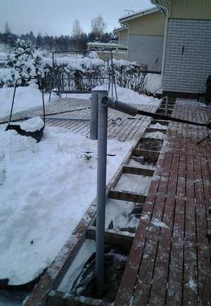 Kierrepaaluperustus on mahdollista myös talvella.